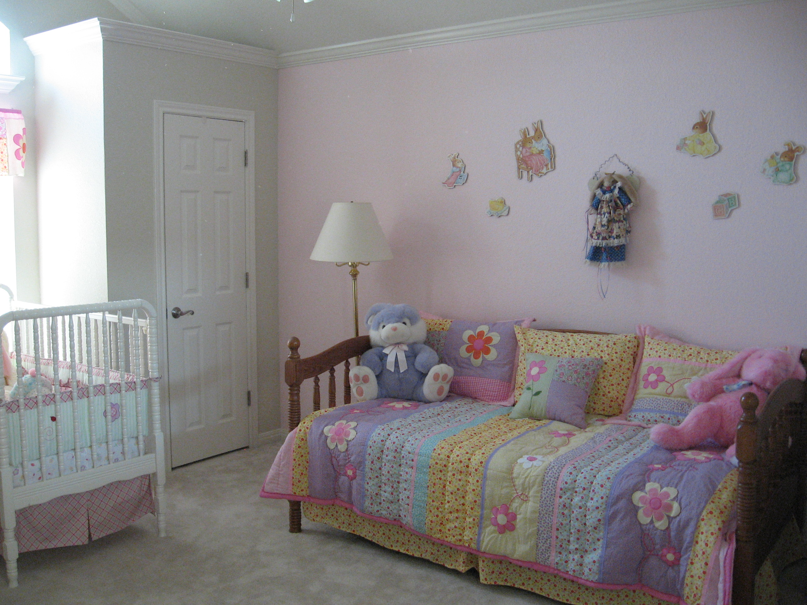 girls-bunny-bedroom-decorating-ideas