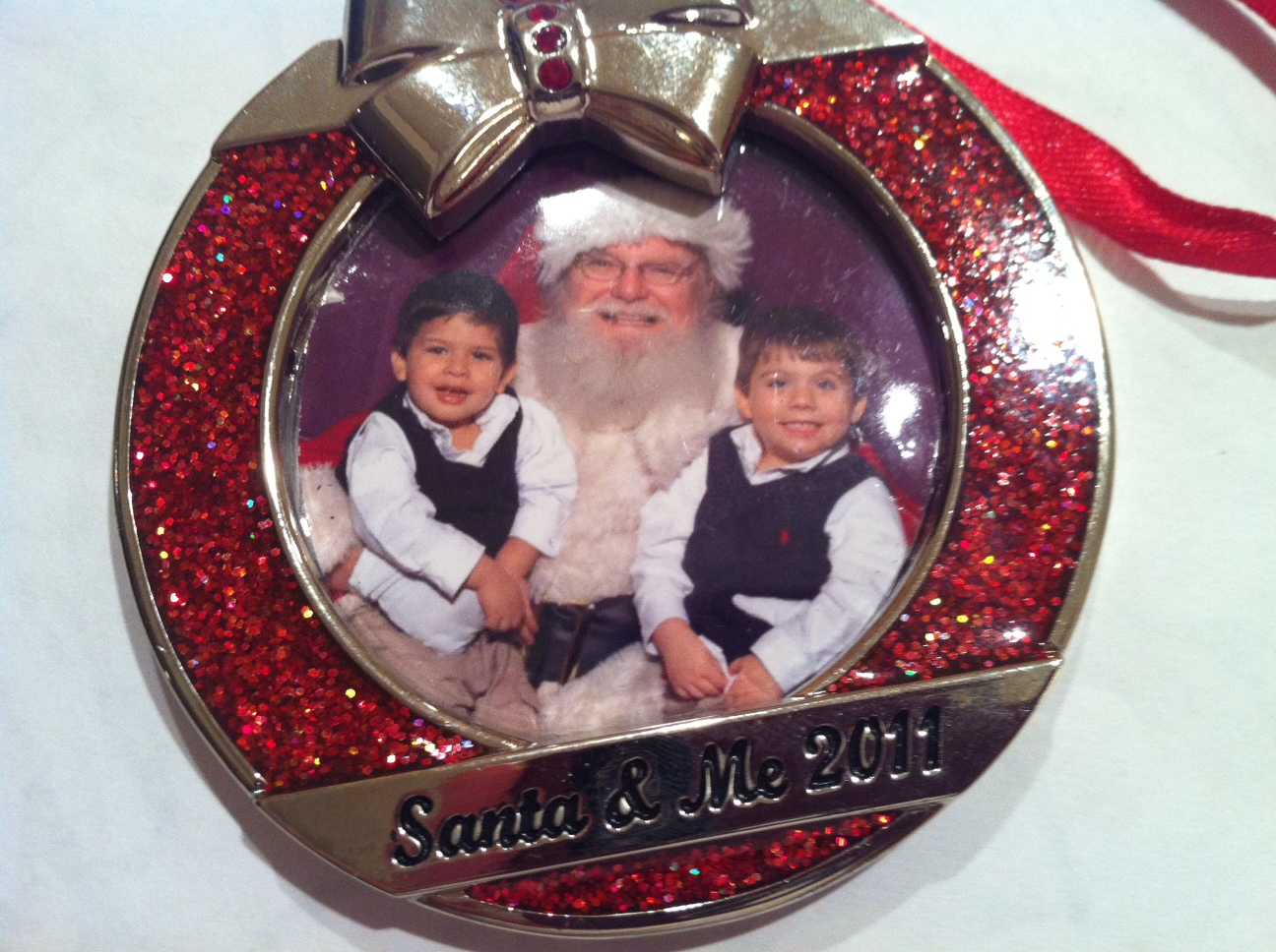 kids-pictures-with-Santa-Claus
