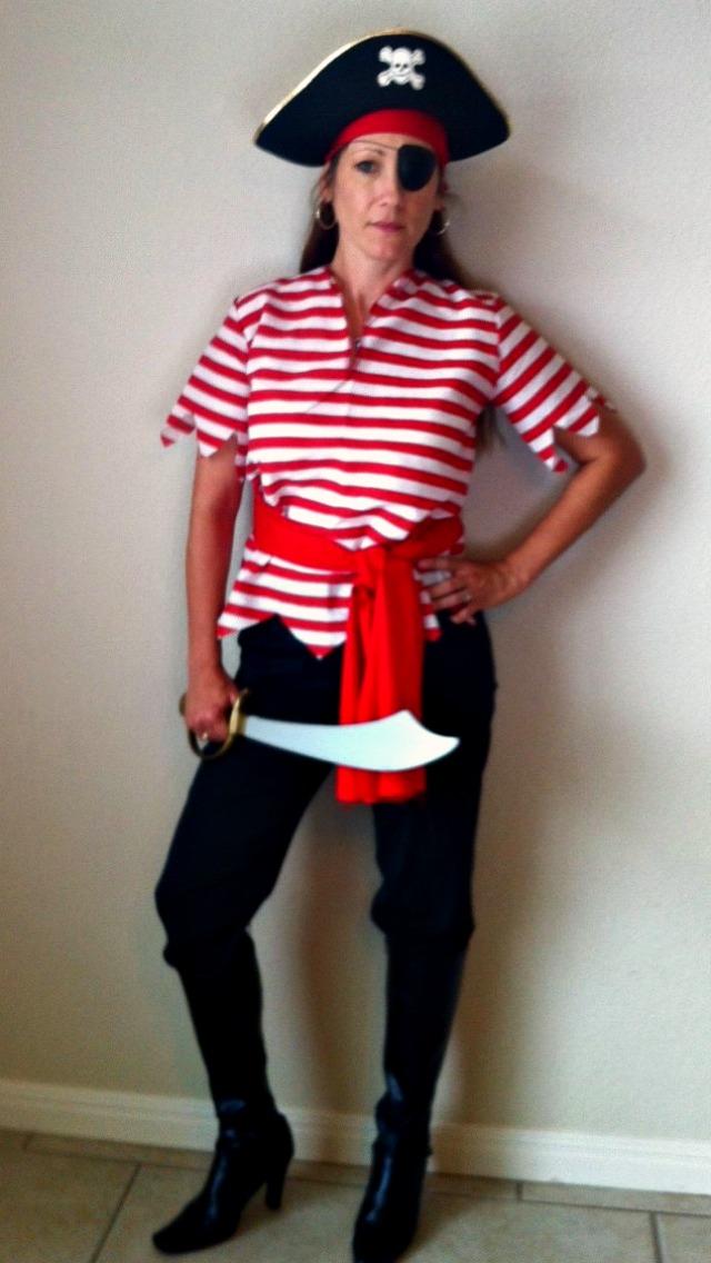 Сделать самой костюм пиратски