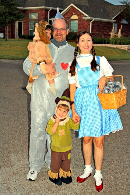 October 2013 foster2forever best halloween family costume ideas wizard oz diy solutioingenieria Choice Image