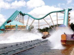 SeaWorld-rides-wet-roller-coaster-San-Antonio